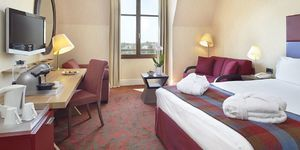 radisson-blu-hotel-at-disneyland-paris-chambre-1